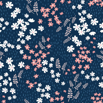Cute hand drawn seamless pattern - ditsy meadow background, great for textiles, banners, wrapping, wallpaper - vector surface design