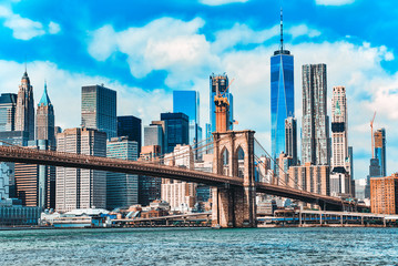 Foto auf Leinwand Brooklyn Bridge Suspension Brooklyn Bridge across Lower Manhattan and Brooklyn. New York, USA.