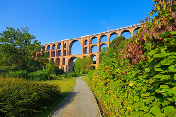 Göltzschtalbrücke im Vogtland in Deutschland - Goeltzsch Viaduct railway bridge in Germany - Worlds largest brick bridge Wall mural