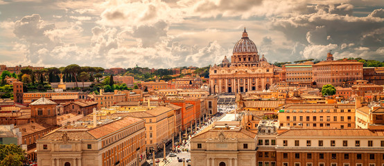 Printed kitchen splashbacks Rome Panoramic view of Rome with St Peter's Basilica in Vatican City, Italy. Skyline of Rome. Rome architecture and landmark, cityscape.