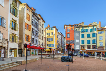 Fototapete - Square in Le Puy-en-Velay, France