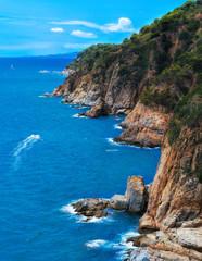 Photo sur Aluminium Europe Méditérranéenne Mountain cilff along the spanish coastline at summer. Lloret de mar, Spain.