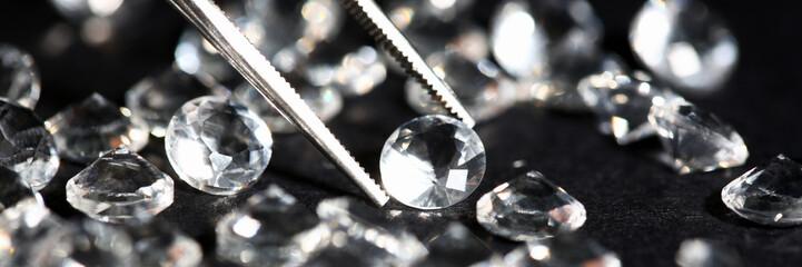 Scattering of white star diamonds on black