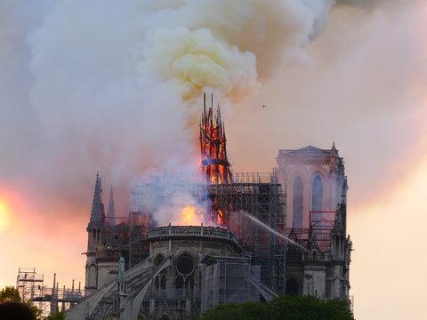 Notre Dame de Paris burning the 15th april 2019.
