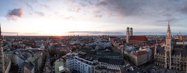 Aussicht über München mit Frauenkirche und Rathaus