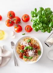 Fototapete - spaghetti bolognese with basil and parmesan, italian pasta