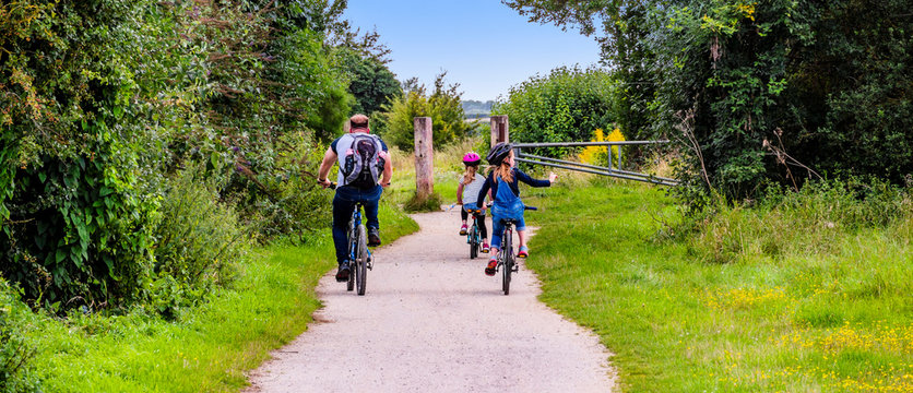 cycle track the greenway stratford upon avon warwickshire england uk