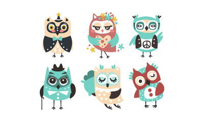 Fototapete - Set of cartoon owls. Vector illustration on a white background.