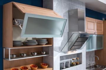 Pensile vetrina contenitore cucina in legno naturale
