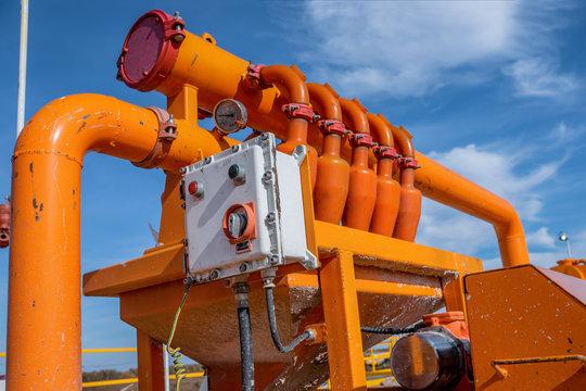Separators are end. Equipment for oil separation. Modular oil treatment unit. Bulite for separation. Low pressure separators.