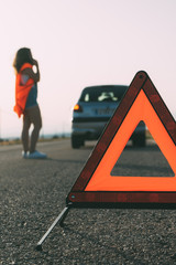 Triangle signaling for car breakdown