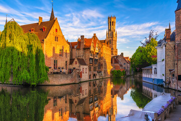 Photo sur Toile Bruges Classic view of the historic city center of Bruges (Brugge), West Flanders province, Belgium. Cityscape of Bruges.