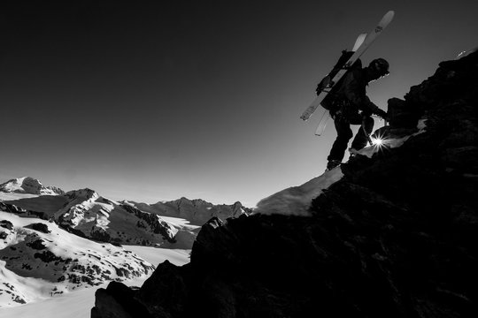 Winter mountaineering in the Alps