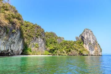 Cadres-photo bureau Cote Beach near lagoon bay at Koh Hong Island, Andaman sea at Krabi, Thailand