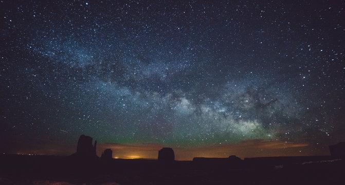 Monument Valley at night , Arizona