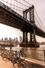 Poster Brooklyn Bridge Manhattan Bridge in New York City seen from Brooklyn Bridge Park