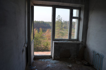 In de dag Oost Europa Ghost town in Eastern Europe.Former Soviet kids camp.Ukraine gets rid of the consequences of communism. Ruins. Kiev Region,Ukraine