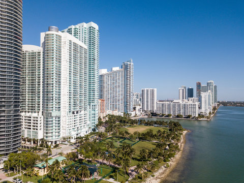 Aerial Miami Edgewater Margaret Pace Park