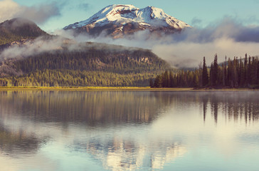 Wall Murals Beige Lake in Oregon