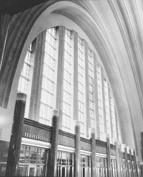 Cincinnati Union Terminal, west wall of concourse, constructed in 1933, partially demolished in 1974, Cincinnati, Ohio, photograph circa early 1970s