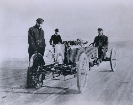 Henry Ford and August Degener with their six cylinder Ford racer at Daytona Beach in 1905