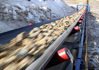 Conveyor belt moves ore from the quarry for processing