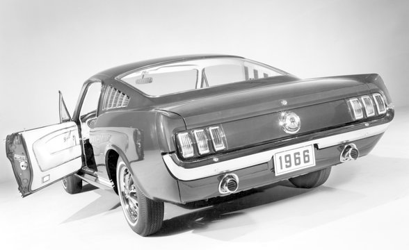 Ford Mustang, 1966 Mustang 2+2 Fastback Gt