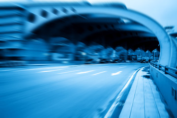 Fotomurales - Blue style highway with fuzzy speed