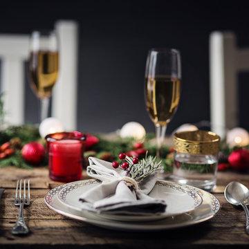 シャンパンとクリスマスキャンドル