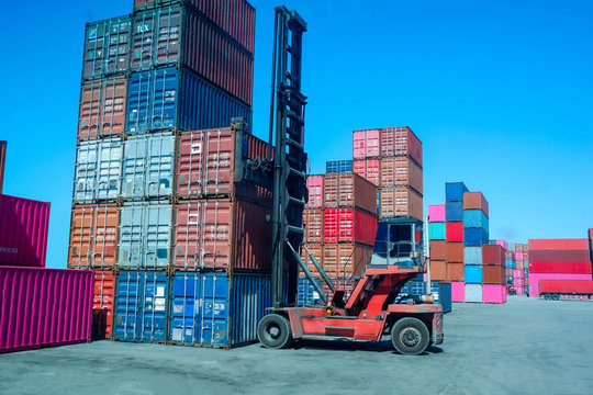 Load container into the yard