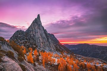 Fall sunrise in the Cascade Mountains, Washington, USA.