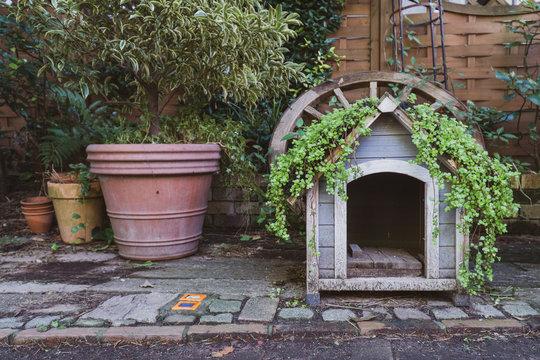 ガーデニングと犬小屋
