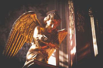 Fototapete - Vintage styled image of ancient statue of praying angel
