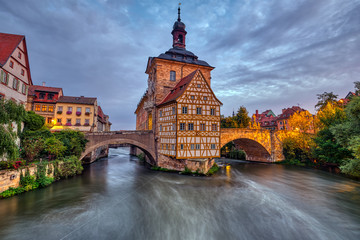 The historic Old Town Hall of Bamberg in Bavaria, Germany at dawn Fotomurales