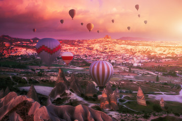 Türaufkleber Hochrote Beautiful morning with flying balloons over spectacular Cappadocia, Turkey