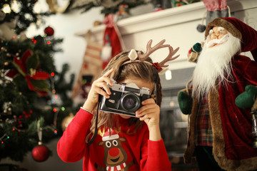 Loves to photograph Christmas events.