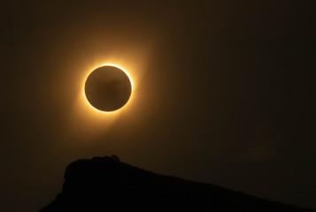 Obraz eclipse de sol - fototapety do salonu