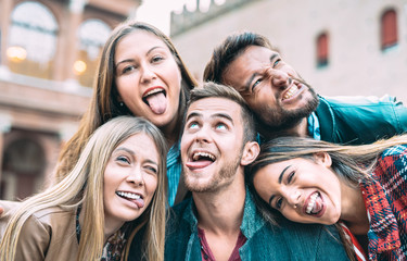 Best friends taking selfie at city tour trip - Happy friendship concept with millennial people having fun together - Everyday life concept of new generation representatives enjoying carefree lifestyle