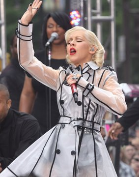 CBS The Early Show Concert with Christina Aguilera