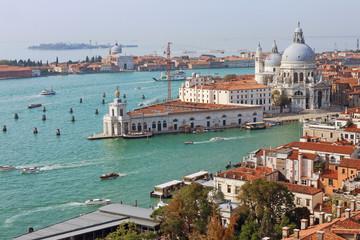 Stadtpanorama von Venedig am Canal Grande