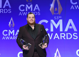 The 53rd Annual CMA Awards – Photo Room – Nashville, Tennessee, U.S.