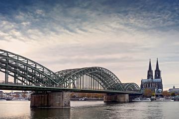 Köln Hohenzollernbrücke mit Dom Fotomurales