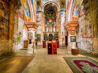 Gelati  ist eine Klosteranlage im Westen Georgiens, unweit der Stadt Kutaissi. Das Kloster zaehlt zu den bedeutendsten Werken georgischer Kunst