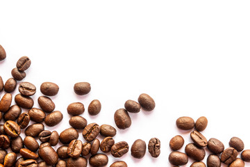 Poster de jardin Café en grains coffee beans on white background
