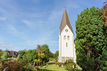 Kirche in der Ortschaft Nebel auf der Nordseeinsel Amrum