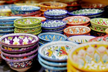 piatti arabi e orientali colorati