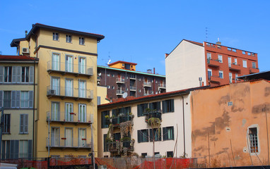 Autocollant pour porte Milan Apartment buildings in the Brera quarter of the historic center of Milan (Northern Italy)