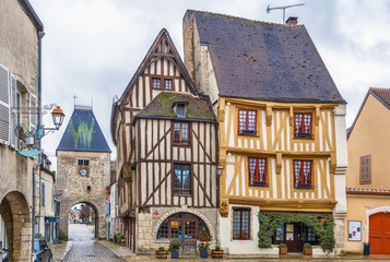 Fototapete - Square in Noyers, Yonne, France