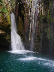 Waterfall Nabih Merched located in Lebanon is a genuine Lebanese place overlooking magnificent water cascades amid a very relaxing natural atmosphere