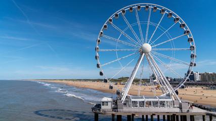 the Hague ferris wheel beach view Fototapete
